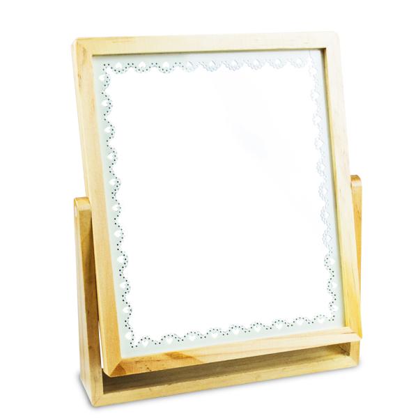 Oglinda cosmetica de lemn